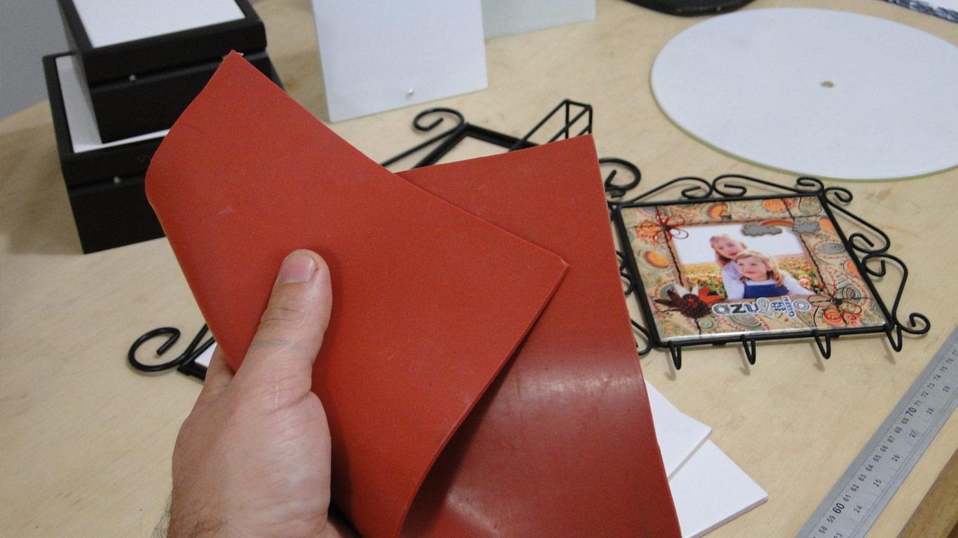 manta-de-silicone-02 Manta de Silicone - Estampando Produtos Rígidos