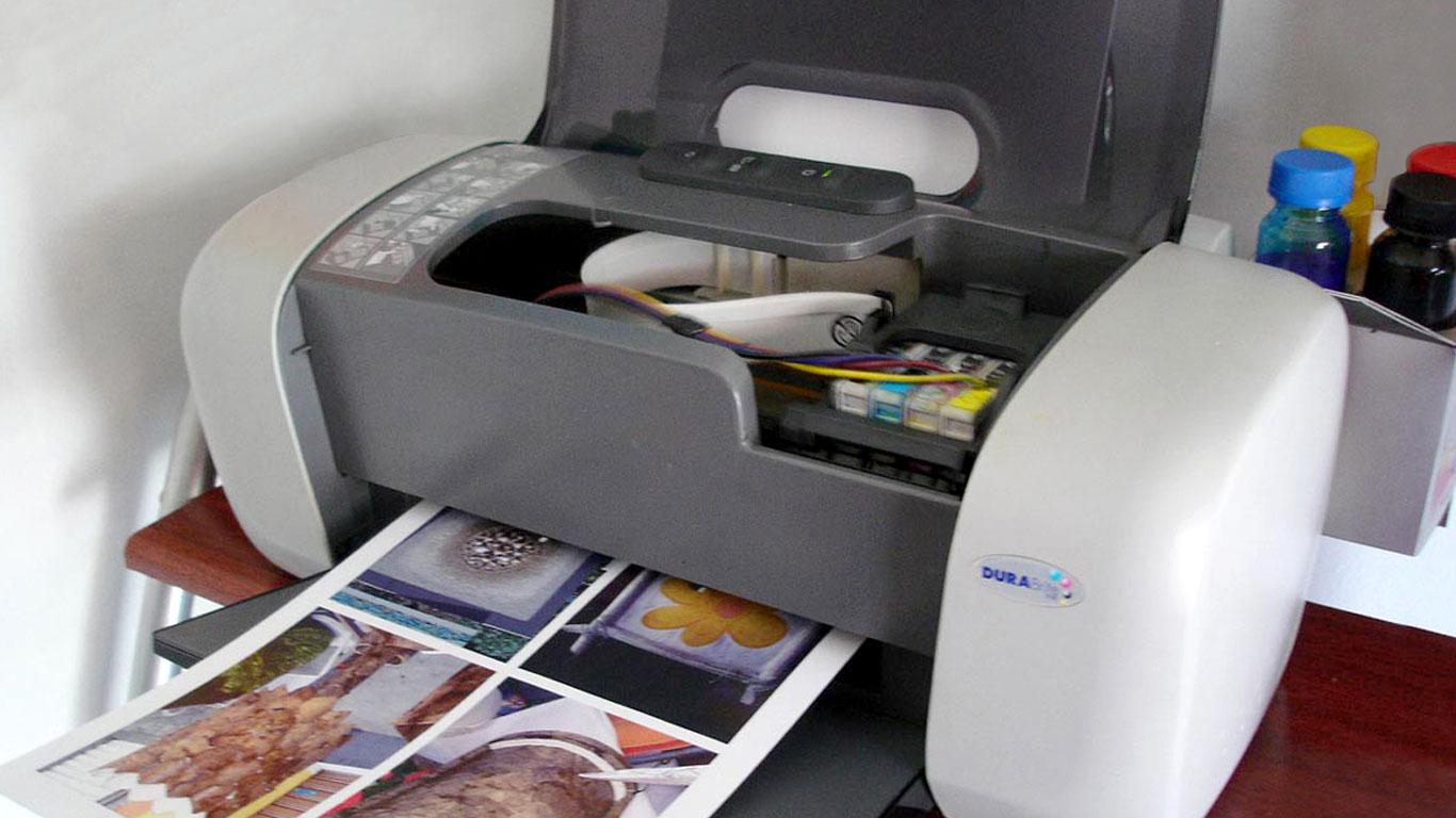 colocar-tinta-sublimatico-c-82 Colocar Tinta Sublimática nas Impressoras Epson pela Primeira Vez